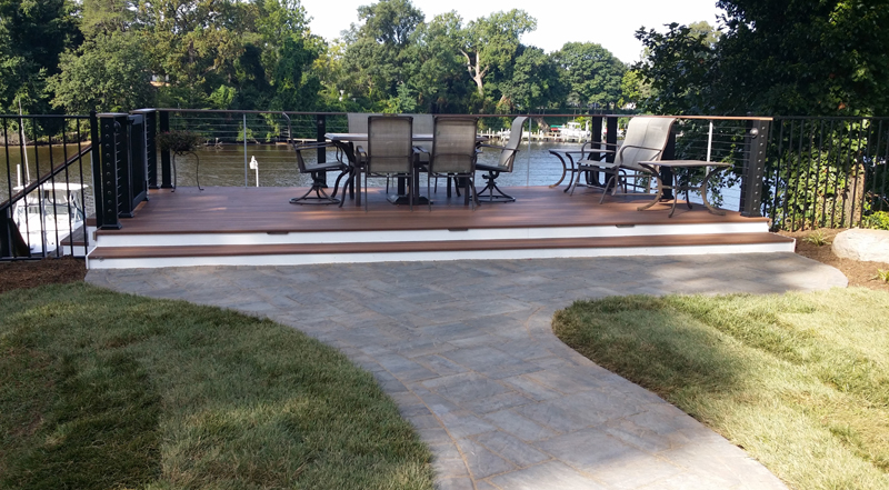 Waterfront deck patio and fence enjoy the coastal lifestyle for Waterfront deck ideas