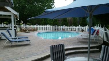 poolside bar patio fence 3